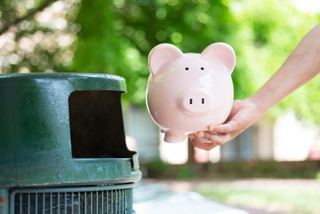 No tirar dinero a la basura