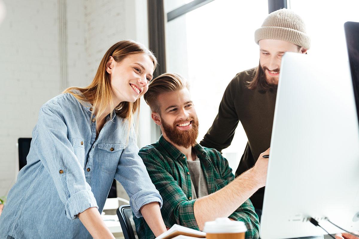 ¿Qué motiva a los millennials a conservar sus empleos?