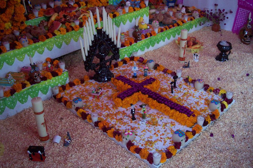 Ofrendas y calaveritas literarias: conoce el origen del festejo del Día de Muertos