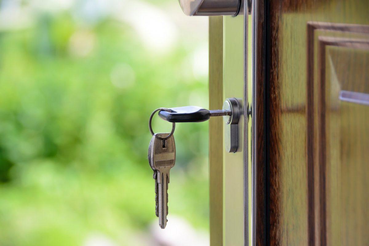 ¿Sales de viaje? Deja protegida tu casa