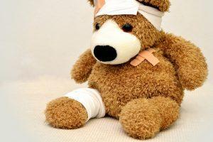 Guía rápida para tratar los accidentes más comunes en los niños